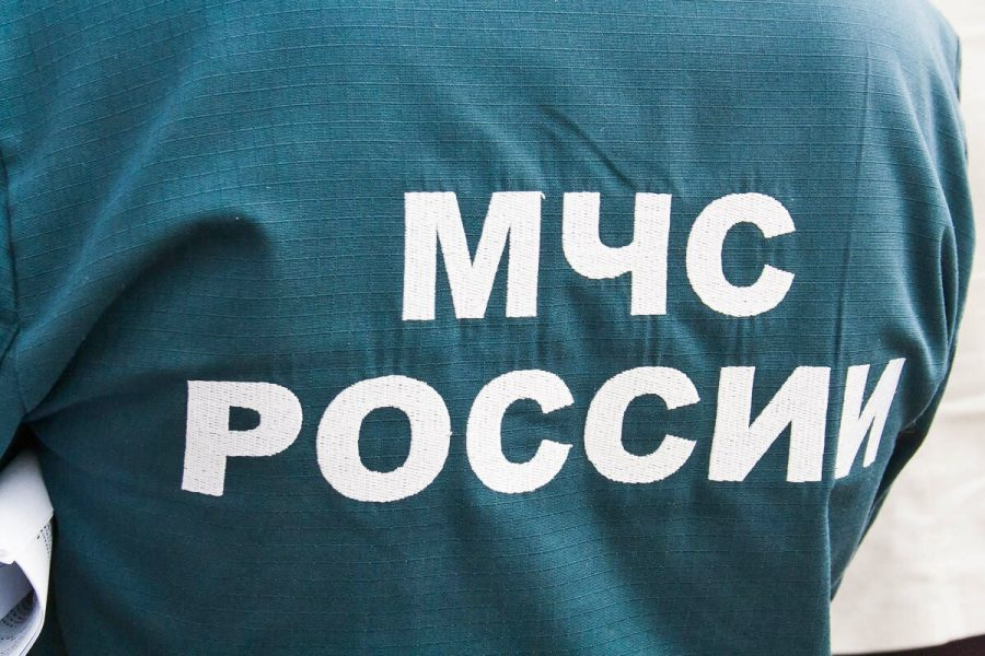 В Кемерове сотрудники МЧС спасли мужчину при пожаре в девятиэтажке