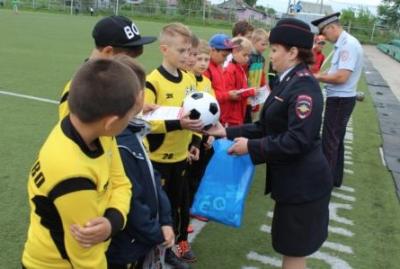 """31 000 кемеровчан приняли участие в """"Футбольном лете"""""""