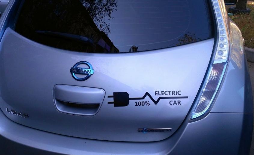 В Кузбассе откроют 10 заправок для электромобилей