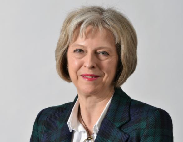«Голлум и Добби»: премьер-министра Великобритании высмеяли в Сети за неуклюжие реверансы