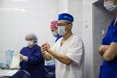 За год в медучреждениях Кузбасса выросла численность врачей