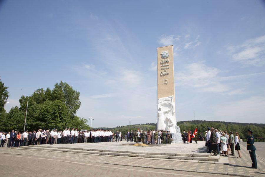Более половины жителей России почтят память советских воинов в День памяти и скорби