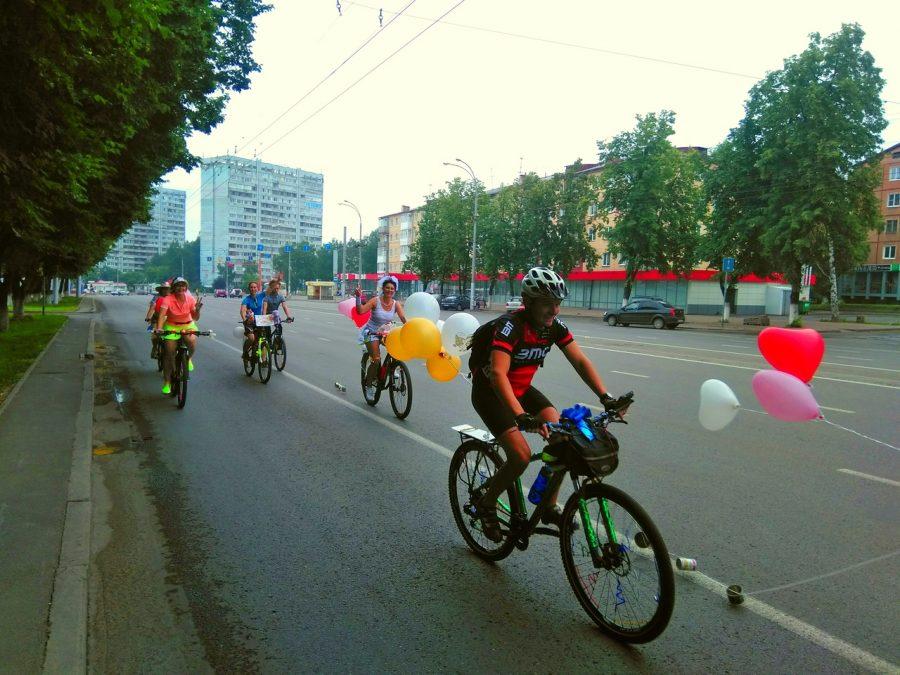 Кемеровские молодожёны устроили велосвадьбу