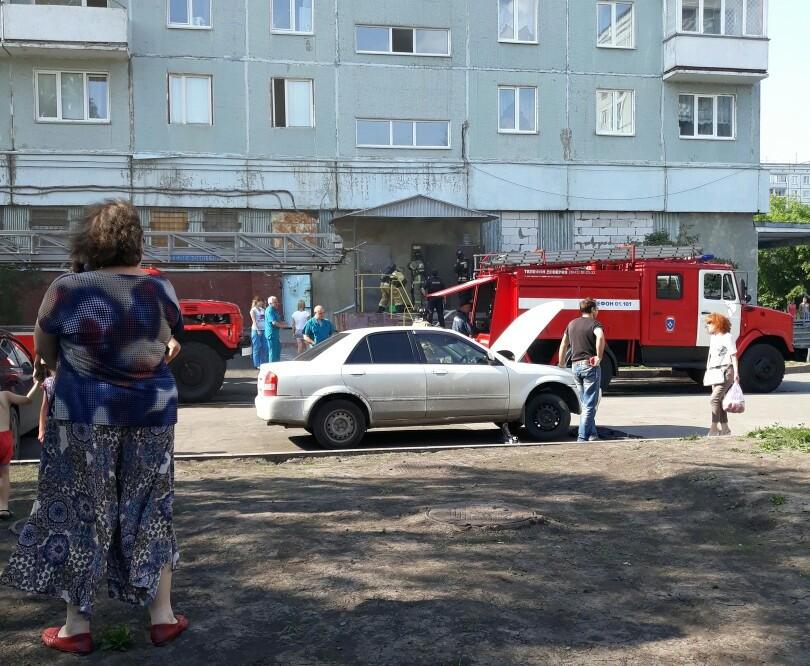 Кемеровчанин спас двоих детей при пожаре в девятиэтажке