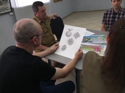 В Кузбассе художники обсудили эскизы знака «Готов к спасению жизни»