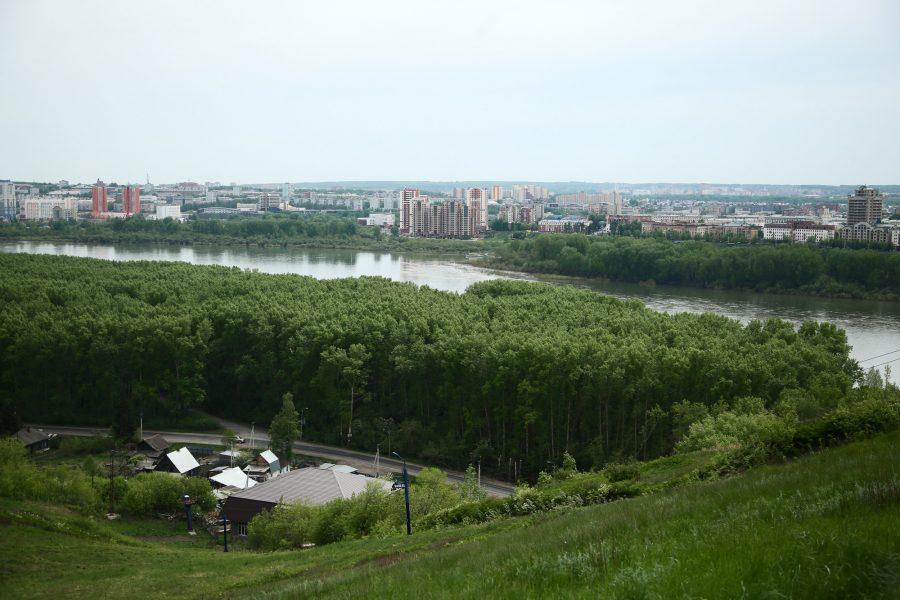 На Томи в Кемерове до минимальных уровней осталось полметра