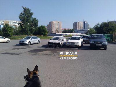 За сутки в Кузбассе подожгли четыре автомобиля