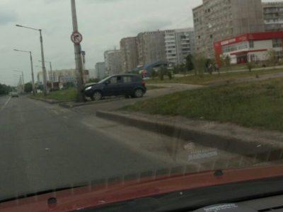 В Новокузнецке три водителя протаранили столбы