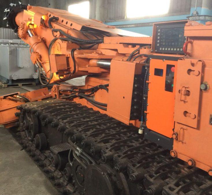 Новый проходческий комбайн поступил на шахту «Байкаимская» в Кузбассе