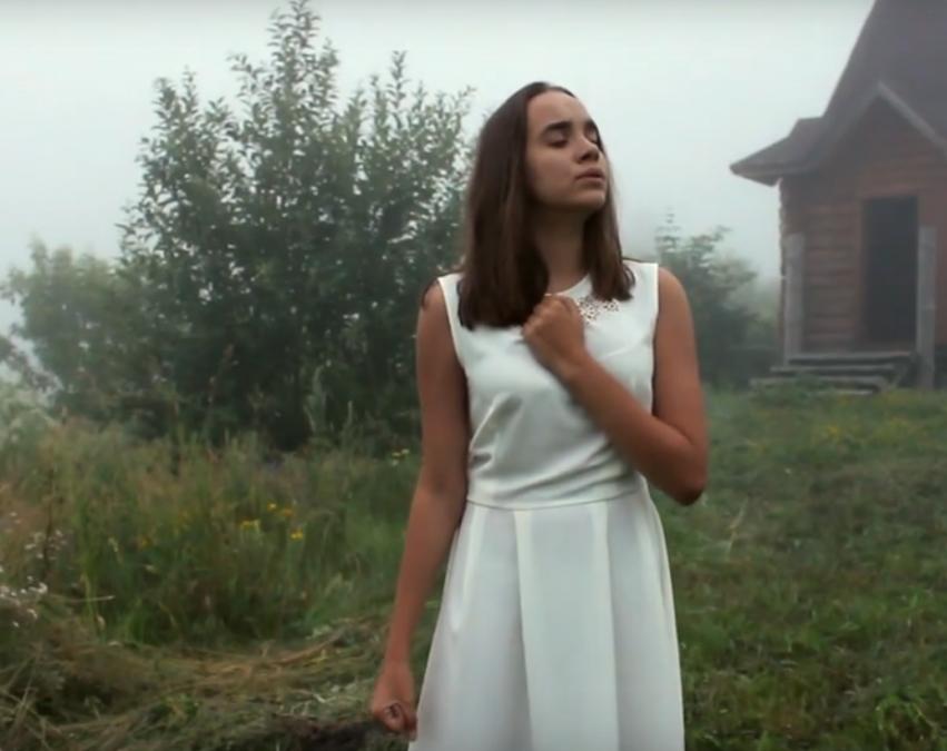 Видео: юная кемеровчанка посвятила песню отцу-росгвардейцу