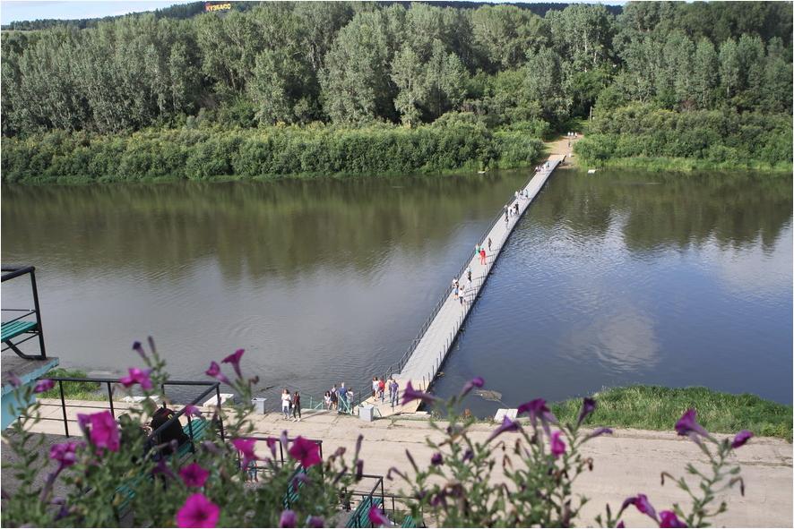 Начались подготовительные работы по монтажу понтонного моста к Кемеровскому острову