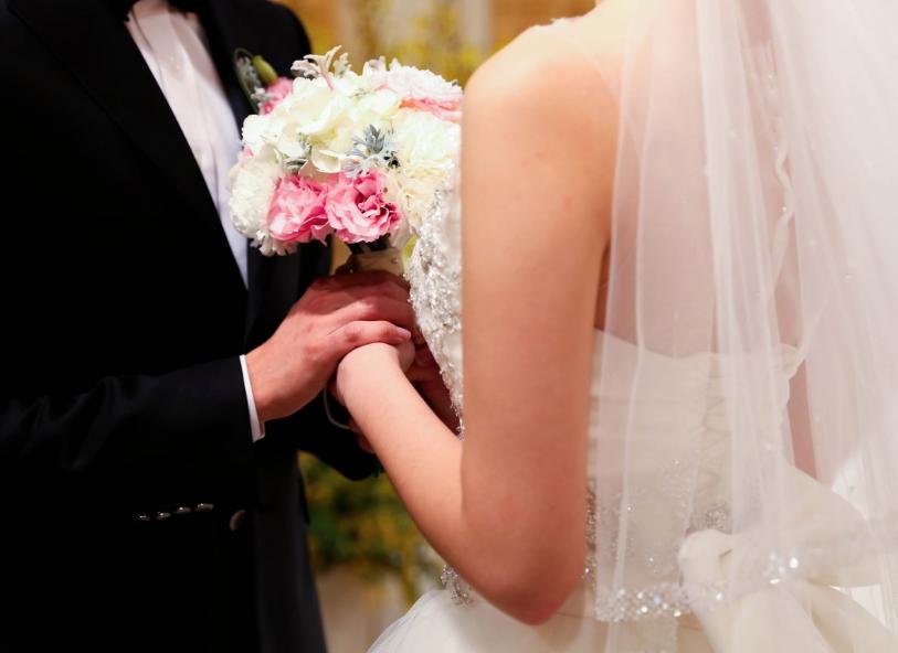 Жители РФ сейчас самостоятельно могут выбирать время идату для бракосочетаний