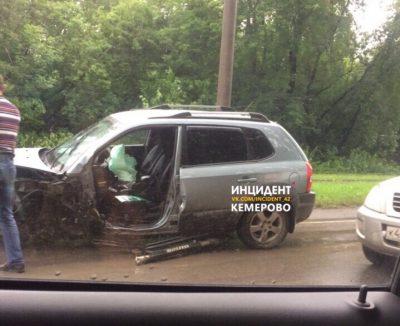 ГИБДД: в тройном ДТП в Заводском районе Кемерова пострадали два человека