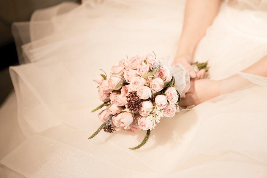 В Англии невеста запретила гостям смотреть футбол и они не пришли на свадьбу
