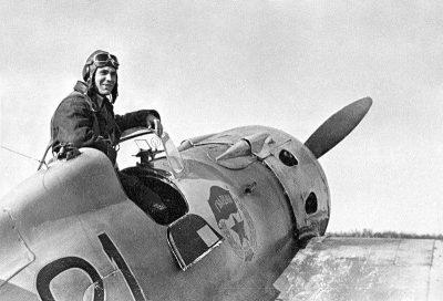 Минобороны рассекретило архивные документы о подвигах советских лётчиков