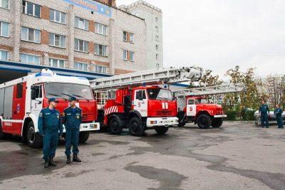 В Междуреченске при пожаре в пятиэтажке спасли четверых человек