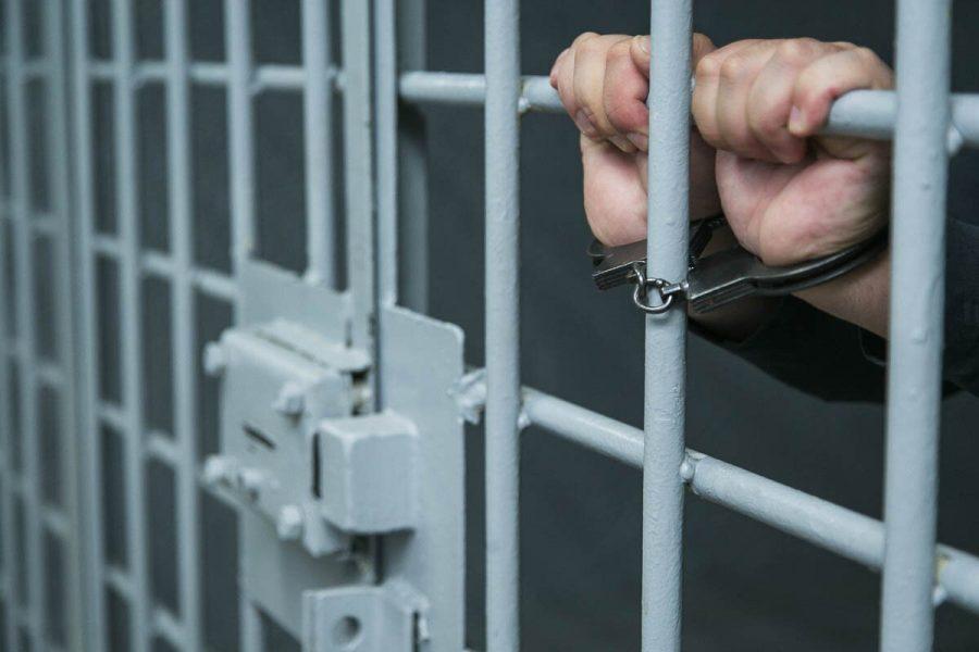 Суд вынес приговор кузбассовцам, три года прятавшим труп в колодце