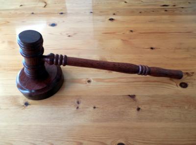 Кемеровчанин вывел за рубеж десятки миллионов и попал под суд