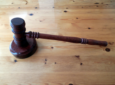 Ущерб на 18 млн: в Кемерове будут судить директора автосалона за злоупотребление полномочиями