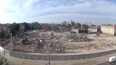В Кемерове снесли сгоревшее здание кемеровского ТРК «Зимняя вишня»
