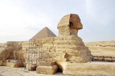 В Египте дорожники обнаружили новую статую Сфинкса