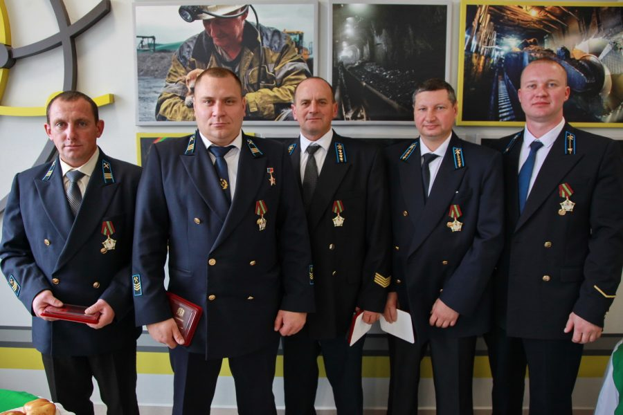 Горняки шахты имени В.Д. Ялевского АО «Cуэк-Кузбасс» получили награды за мировой рекорд