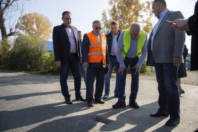 Губернатор Кузбасса поручил разработать единый региональный стандарт качества ремонта дорог