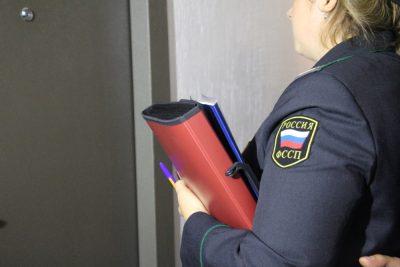 В Кузбассе бизнесмен оплатил долг в 159 тысяч рублей, чтобы не лишиться УАЗа