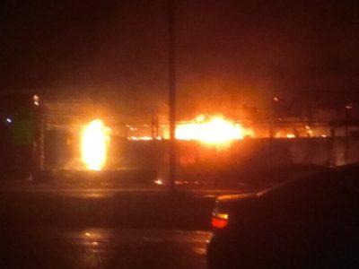В Кемеровском районе сгорел магазин