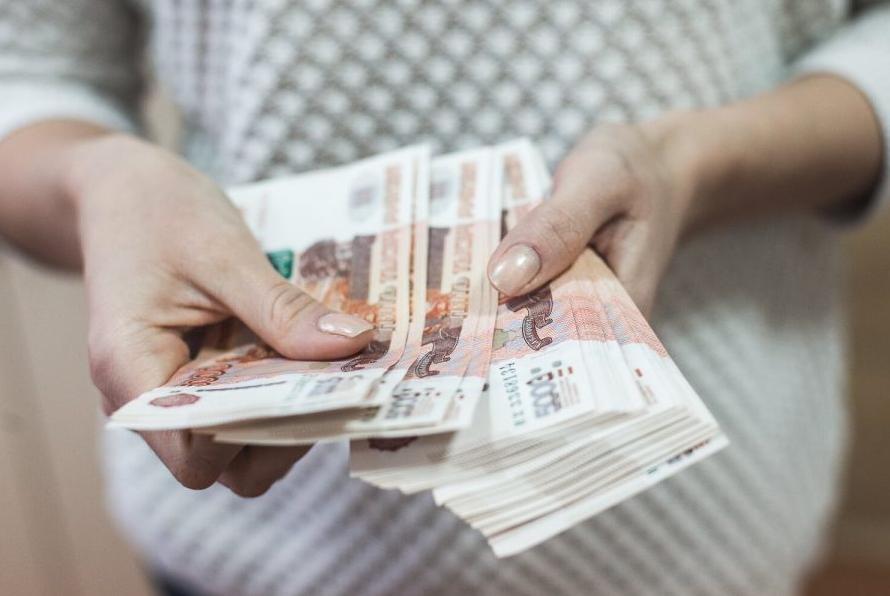 16-летнему кузбассовцу выплатят компенсацию в размере 98000 рублей за драку в школе