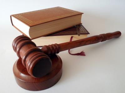 В Кузбассе прокуратура досрочно лишила полномочий депутата