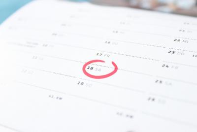 Эксперт призвал вдвое сократить количество праздничных дней в России
