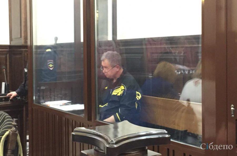 Обвиняемый по делу «Зимней вишни» экс-глава МЧС Кузбасса останется в СИЗО до конца декабря