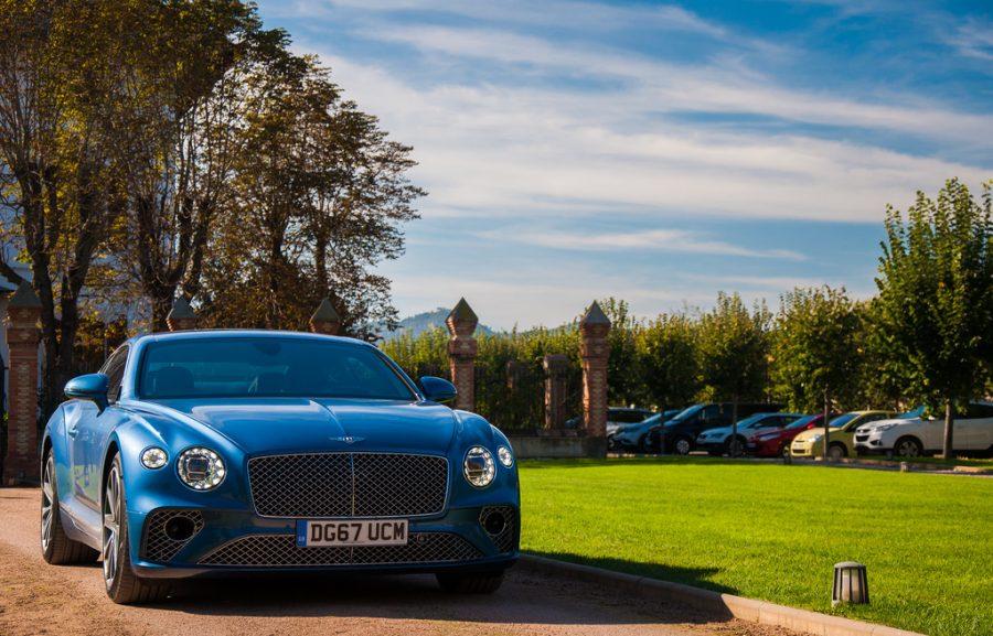 В России числится 12 тысяч автомобилей сегмента luxury