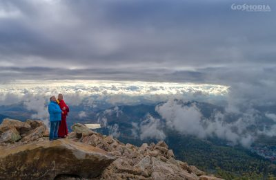 Видео: шаман и буддийский лама провели обряд, чтобы отдых в Шерегеше стал лучше