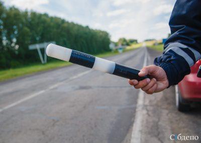 В Кузбассе приставы вместе с сотрудниками ГИБДД начали ловить должников на дороге