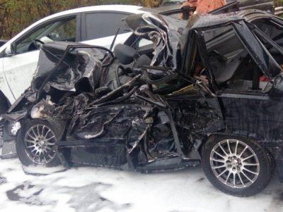 В массовом ДТП с участием маршрутки в Новокузнецке погиб один человек, пятеро пострадали