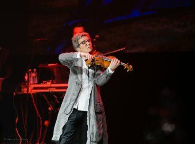 В Кемерове с юбилейным концертом выступит «Сурганова и Оркестр»