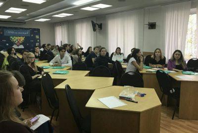 В помощь первокурснику: в КемГМУ запустили проект «Школа тьютора»