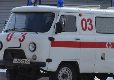 В Кемерове во дворе дома на Тухачевского обнаружили тело подростка