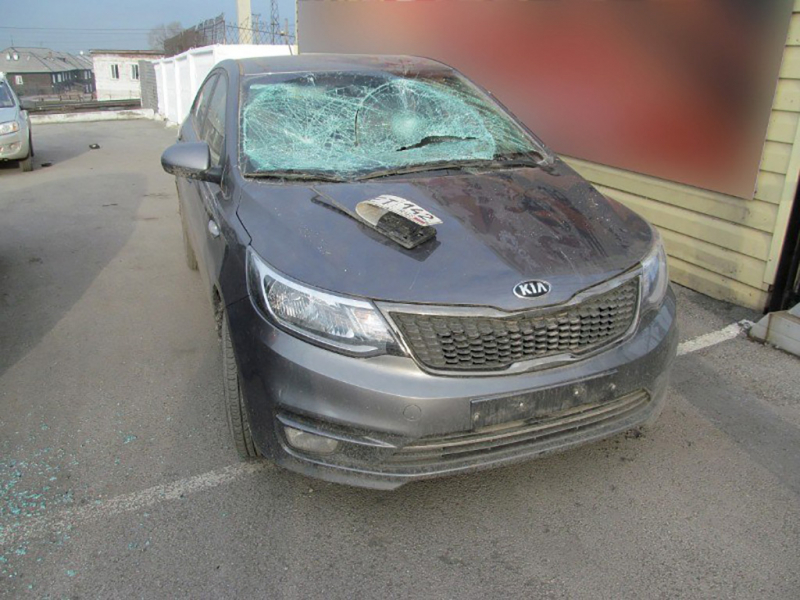В Кузбассе «Халк»-студент устроил погром на парковке