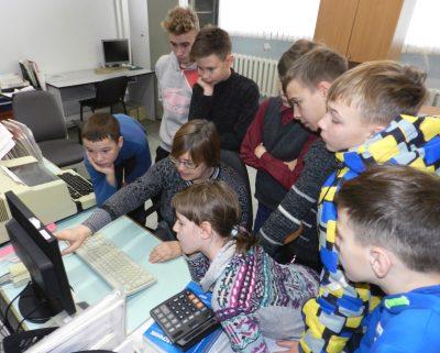«Ростелеком» открыл «Фабрику профессий» для кемеровских школьников