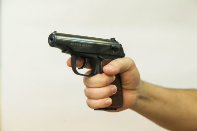 Погоня со стрельбой по кемеровским улицам попала на видео