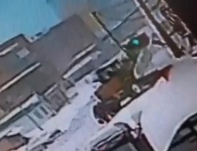 Момент смертельного ДТП со снегоуборочным трактором в Шерегеше попал на видео