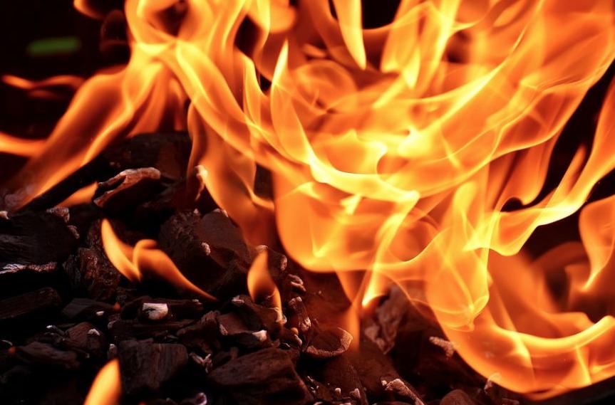 Источник: погибшая в Юрге семья задохнулась от дыма