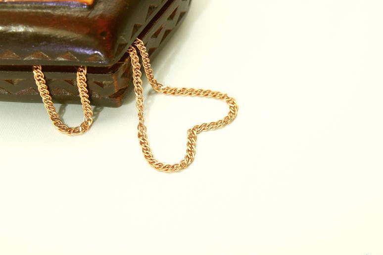 Кузбассовца приговорили к 12 годам колонии за золотую цепочку
