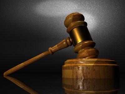 За смерть сына кемеровчанку наказали штрафом