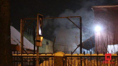 Причастных к пожару в новокузнецком ТЦ доставили в отдел полиции