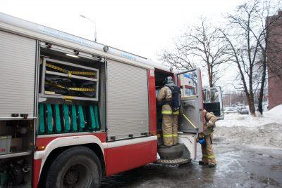 Фото, видео: в Кемерове горело студенческое общежитие
