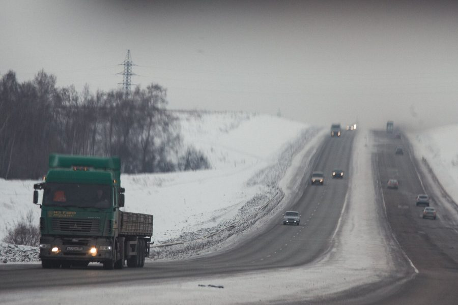 В Кузбассе четыре водителя чуть не замёзли на трассе